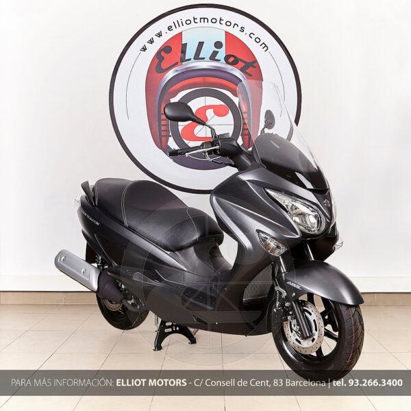 Suzuki-Burgman-125-ABS-3.jpg